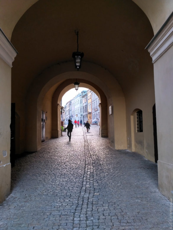 Пассаж на улицу Городскую